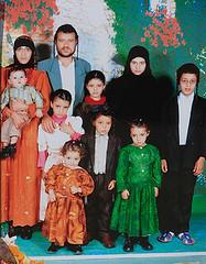 משפחת נהרי (wayupnorthtonowhere) Tags: orthodoxjews yemenitejews jewishchildren jewishfamily jewsofyemen יהדותתימן יהודיםתימנים jewishyemenites ילדיםיהודים ילדיםתימנים jewishyemenis משפחתנהרי בנותישראל
