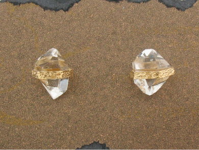 Pade Vavre Peach Gold Diamond Quartz Studs