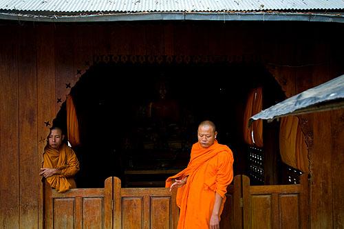 Burmese monks, Mae Sam Laep, Mae Hong Son, Thailand