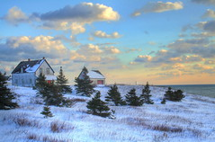 Maison Windsor  Cap d'Espoir en Gaspsie (Danny VB) Tags: ocean christmas blue winter sunset sky sun mer canada nature landscape soleil quebec hiver coucher noel atlantic bleu ciel windsor paysage maison 2008 rocher gaspesie lever atlantique gaspsie perc gasp stetherese aplusphoto capdespoir worldwidelandscapes maisonwindsor mygearandmepremium mygearandmebronze mygearandmesilver mygearandmegold mygearandmeplatinum mygearandmediamond dblringexcellence tplringexcellence flickrstruereflection1 flickrstruereflection2