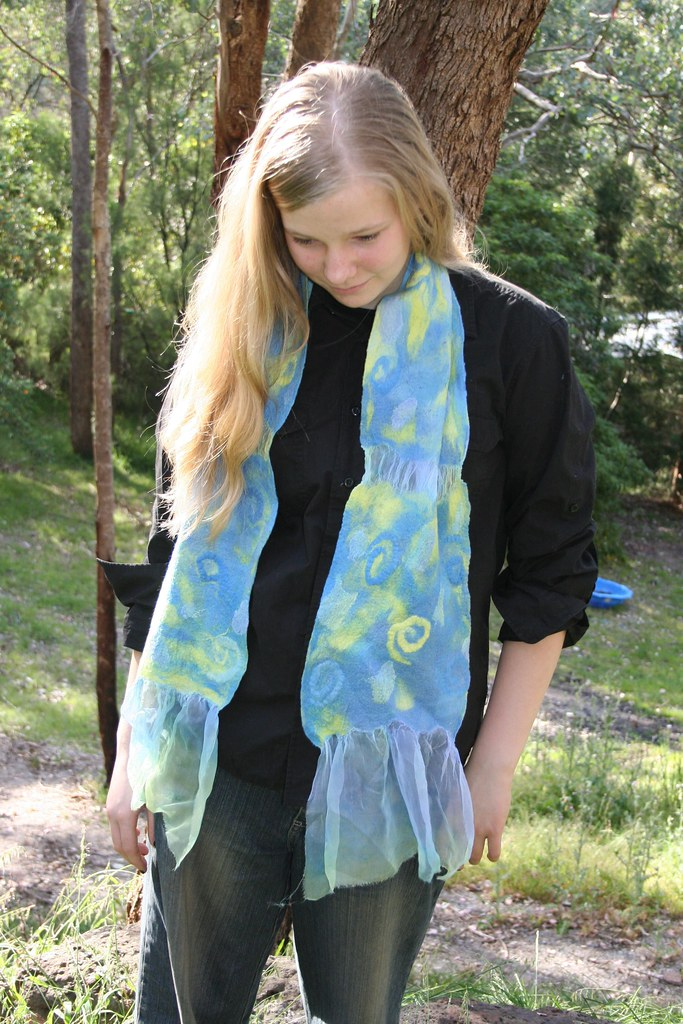 Nuno scarf in Water lilies
