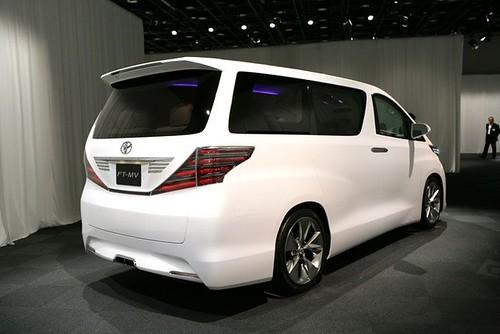 Toyota Alphard 2009 Rear