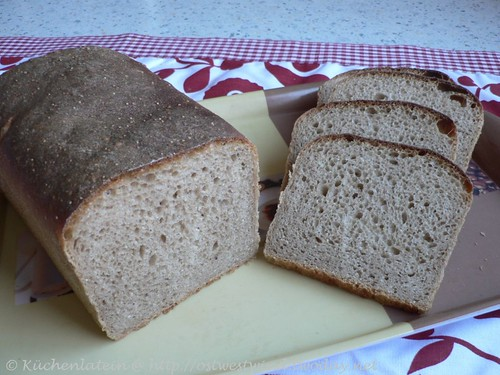 Honey Wheat Bread With Poppy Seeds and Lemon 002
