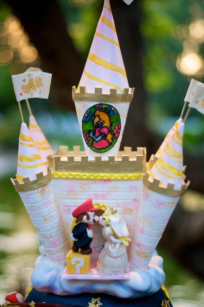 Geek Art Gallery Sweets Super Mario Wedding Cake