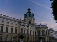 Palace and moon (Peter Panter) Tags: moon berlin germany deutschland abend mond twilight fuji dusk dämmerung s800 abenddämmerung schlosscharlottenburg s5800