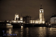 Thames at night 01