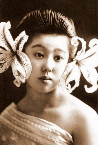 Geisha From Another World, vintage photograph posted by Flickr user Okinawa Soba. Click image to view source.