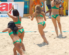 "The Lipton Ice Tea ""Fun Girls"" (RobW_) Tags: june sunday beachvolleyball greece tournament 2008 icetea zakynthos lipton fungirls tsilivi jun2008 29jun2008"