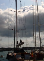 Sentado bajo las nubes (Cornixelis) Tags: clouds sailboat port puerto harbor mar nubes menorca mahn velero m citrit goldstaraward