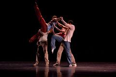 NDT1-Crystal Pite-5449 (Loungedown) Tags: ballet canon 50mm photo dance image rehearsal danza picture danse photograph tanz subject da