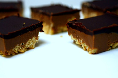 peanut butter crispy bars