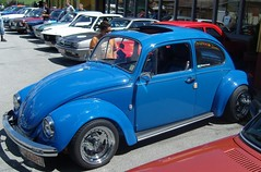 Blue Beetle ... (bayernernst) Tags: auto old blue cars car vw volkswagen bayern deutschland alt oldtimer autos juli blau oldcar 2008 oldcars volkswagenbeetle vwkfer hauzenberg volkswagenkfer 05072008 flickrblick umavabayerischerwald oldtimertreffenhauzenberg oldtimertreffenhauzenberg2008 sn200412