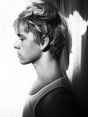 Mitch Hewer (Kai Z Feng Blog) Tags: sarah high skins mitch kai ann z feng britania hewer