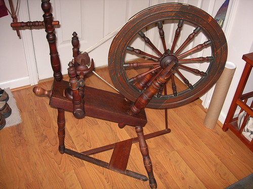 antique-wheel