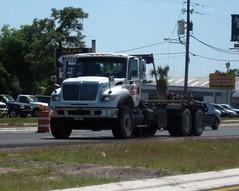 Central FL Dumpsters International Roll-off - 2 (FormerWMDriver) Tags: trash truck garbage off international rubbish roll waste refuse ro sanitation ih ihc rolloff