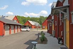 Passive House - jersj I (hansn (2 Million Views)) Tags: red architecture modern europa europe sweden contemporary architect sverige brf arkitektur falurd rd solarenergy partille arkitekt lowenergy lgenergi solenergi passivhus abako passivehouse bostadsrttsfrening jersj ojersjo abakoarkitektkontor tenantownerssociety