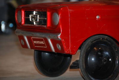 mustang pedal car 2