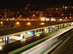 Estación del metro Bastille en París