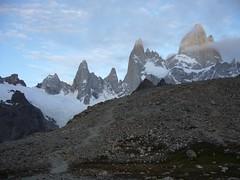 Fitz Roy - trek - aurore - sommets