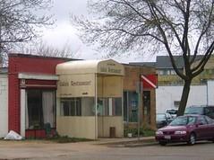 Lulu's restaurant and deli