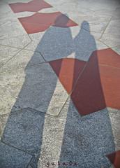 Mescid-i Nebevi'nin... (g ü L â L e) Tags: shadow silhouette madinah medine avlu mescidinebevi ikigölge hacıkardeşler