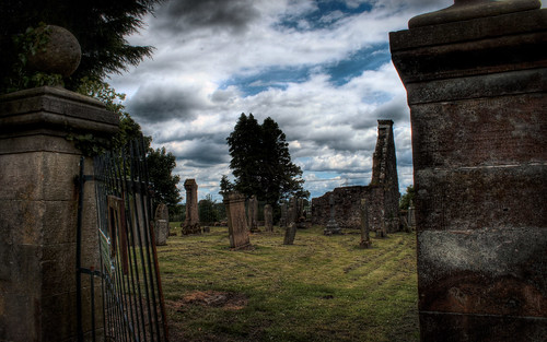 Glassford Graveyard by JaredEarle, on Flickr