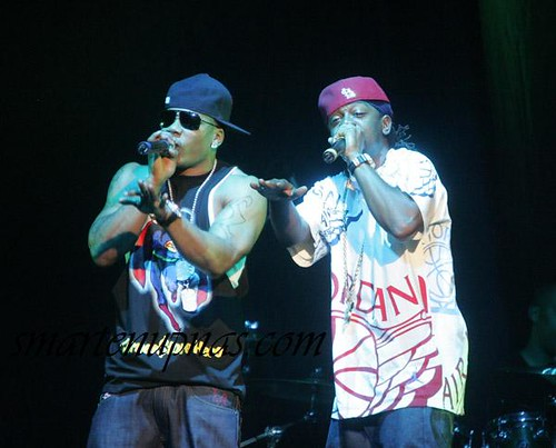 nelly & on of the lunatics