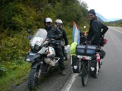 Johanes y Charmaine en moto por todo el mundo