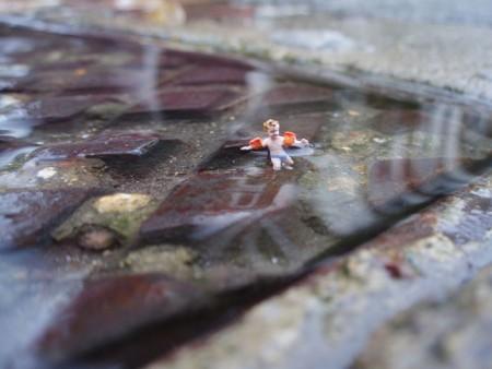 manholeswimming