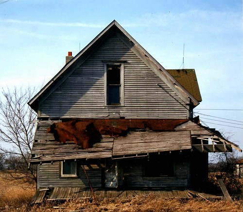 Abandoned in Ohio 1989 (gable end)
