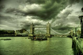 Tower Bridge (London)