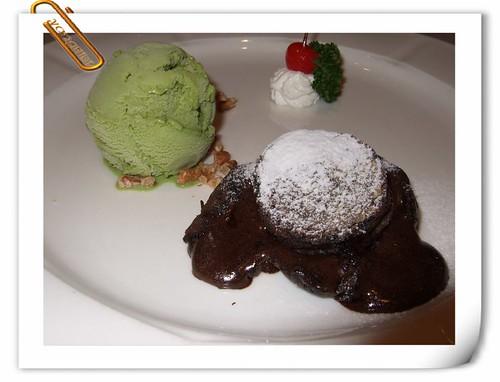 唐妮可☆吃喝玩樂過生活 拍攝的 20081013_Happy Birthday Dinner_13。