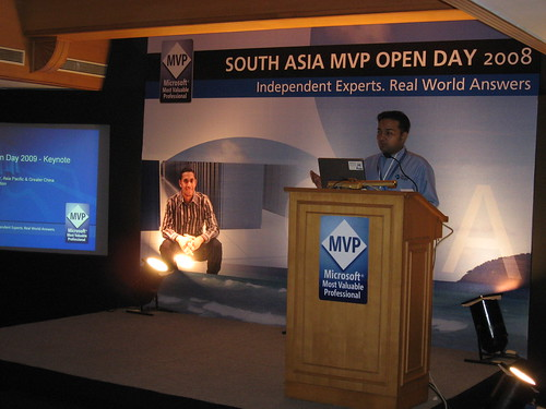 Abhishek Kant at South Asia MVP Open Day 2008 by baxiabhishek.