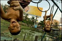 so funny (fly) Tags: game kids thailand asia bangkok fly simonkolton