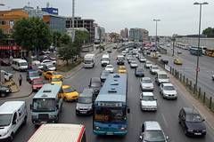 Traffic in Instanbul, Turkey. Photo: Simone D. McCourtie / World Bank