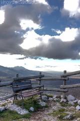 Panchina sull'Irpinia (Vincenzo_Garofalo) Tags: panorama campania cielo montagna sud panchina avellino irpinia hirpinia bagnoliirpino terredellupo