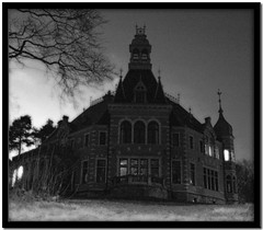 """The Addams Family House"" (*Kicki*) Tags: winter bw house architecture dark vinter minolta sweden stockholm schweden haunted creepy spooky fave explore cc 25 frame creativecommons dynax7d 7d villa konica sv"