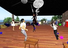 At the Forum Hangout 023 (Michael Soji Briggs) Tags: max rob secondlife brann littleme fenella forumhangout forumcartelhangout
