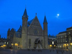 Binnenhof (Den Haag, The Hague, La Haya, La Haye) at Dusk (Sir Francis Canker Photography ) Tags: moon holland netherlands dutch architecture lune hall arquitectura europe tramonto mooie dusk den parliament landmark denhaag icon luna hague knights nocturna knight holanda mooi haag parlement duinen thehague architettura icono floris haye stad olanda hollands hof hofvijver anochecer count zuid haya lowcountries vijver mauritshuis lucena binnenhof zuidholland parlamento lahaya hollande randstad ridderzaal bajos paisesbajos arenzano bassi neerlandais gravenhage lahaye sgravenhage hollandse holandes olandese paesibassi brusasco ured sirfranciscankerjones neerlandes pacocabezalopez