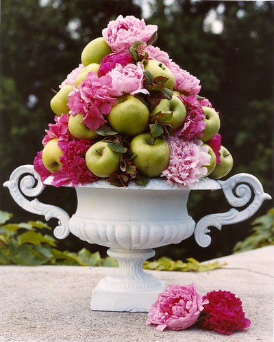 Centerpieces using apples photo 210710-3