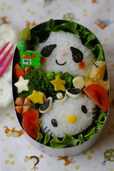 Hello kitty & panda bento (luckysundae) Tags: hellokitty kawaii bento japanesefood charaben