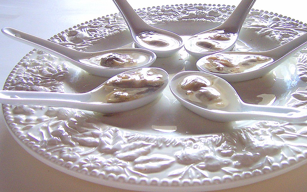 oystersintheraw