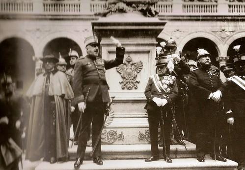 Primo de Rivera en el Alcázar  (Fotografía Rodríguez)