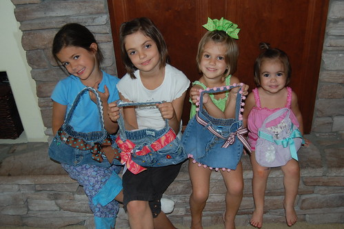 cute little ladies with cute little summer purses!