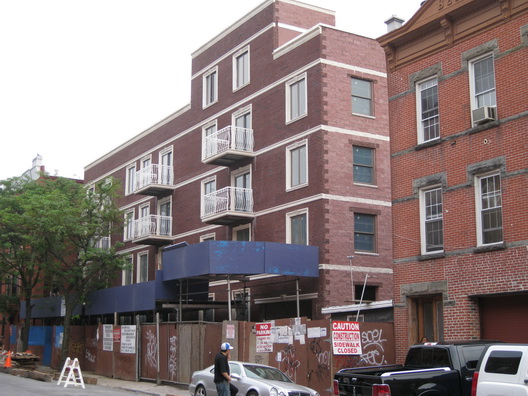406 15th Street