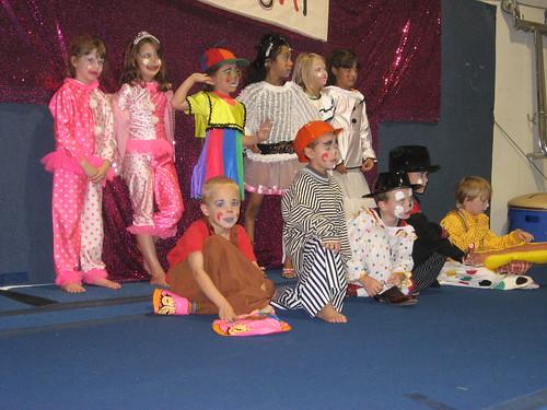 Clowns 2