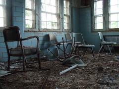 P6290200 (Blue Taco) Tags: urbandecay urbanexploration abandonedhospital thingsleftbehind