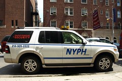 New York Presbyterian Hospital Security Car, Washington Heights NYC (jag9889) Tags: nyc ny newyork car hospital automobile manhattan security columbia transportation vehicle van suv 2008 presbyterian washingtonheights wahi nyph y2008 jag9889