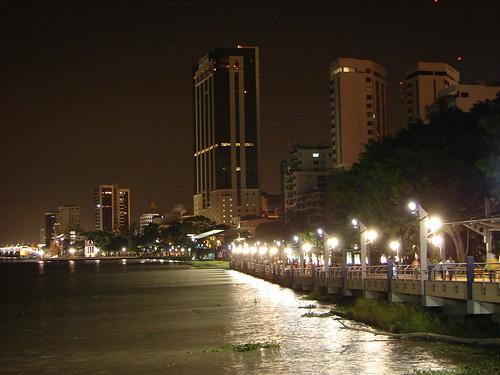 Guayaquil - Malecón 2000 - Vista Nocturna
