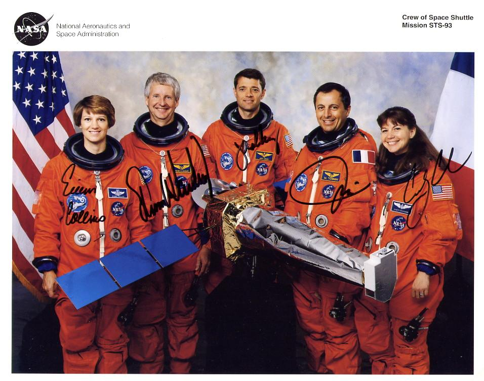 collins - 23 juillet 1999 / 1ère femme Commandant de mission Navette / Eileen Collins 2687289555_8d7f3599b7_o